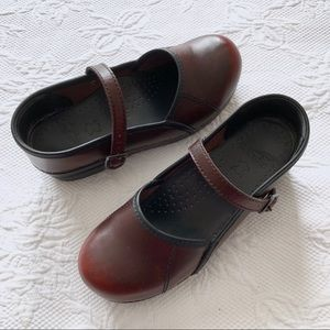 Dansko Burgundy Dark Red Maryjane Clogs Sz 37